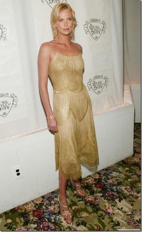 CharlizeTheronEvent2003NBRAwsVeraWang1