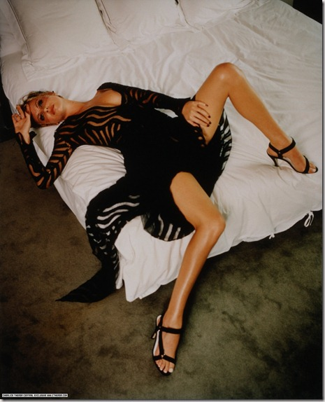 CharlizeTheronShoot1997ChristopherKolkEntertaimentMag1